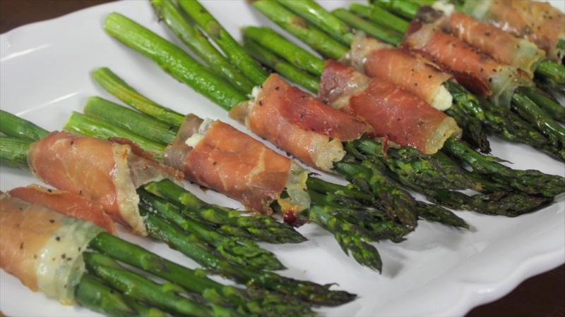 How to Make Prosciutto Wrapped Asparagus