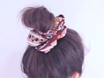 How to Make a DIY Hair Scrunchie