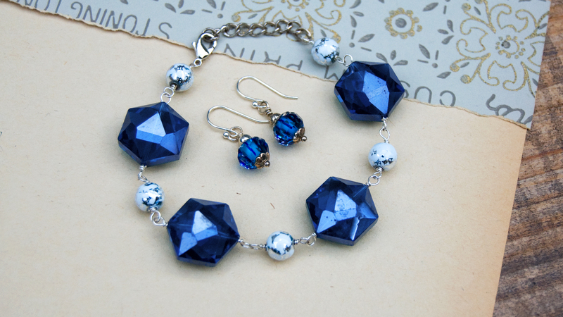 How to Bead Earrings and a Bracelet