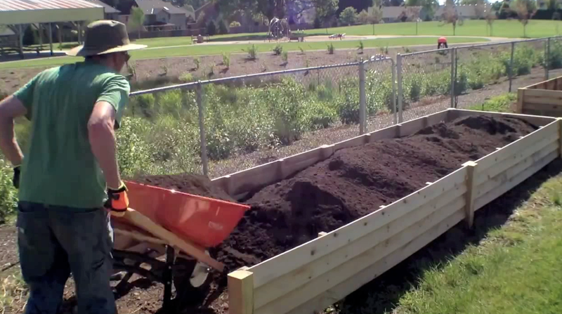 Easy way to fill raised garden beds for How to fill a raised garden bed