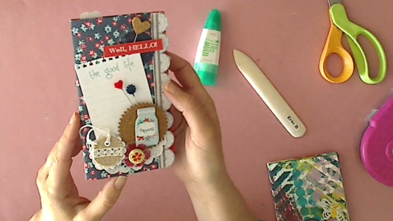 How to Make a Mini Scrapbook