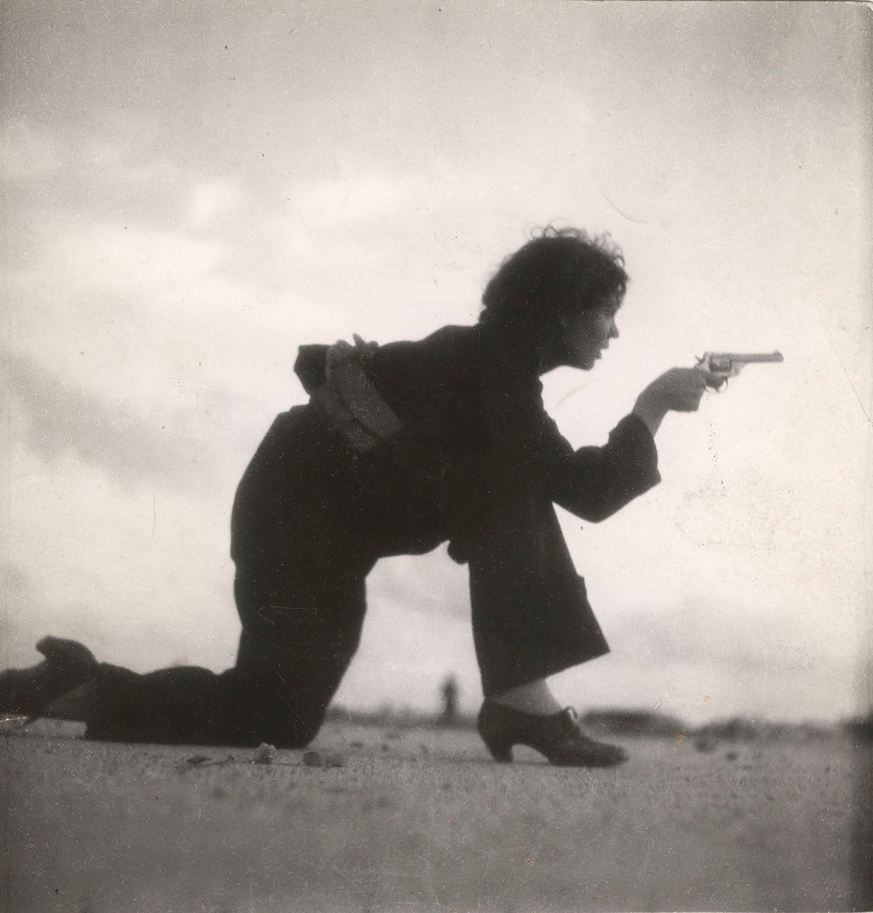 Learn Something New Every Day With Online Video Lessons Taro Navy In July 1937 26 Year Old Gerda Became The First Female Photographer To Die On Assignment When She Was Covering Spanish Civil War
