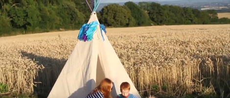 How to Build a DIY Mini Teepee