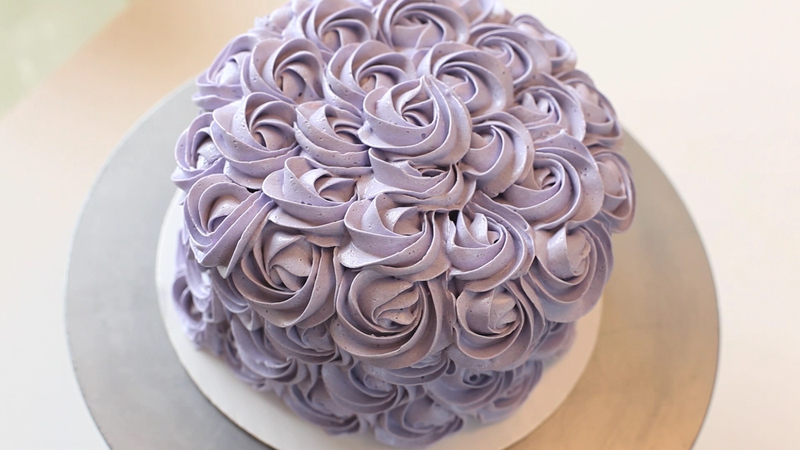 How To Make Icing Roses For Wedding Cakes
