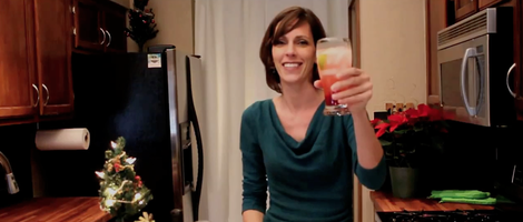 How to Make Cranberry Gin Fizz
