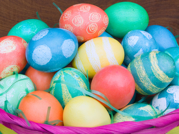 New Curious Lesson – How To Decorate Easter Eggs!