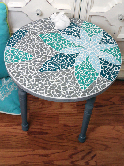 how to mosaic a table with a design